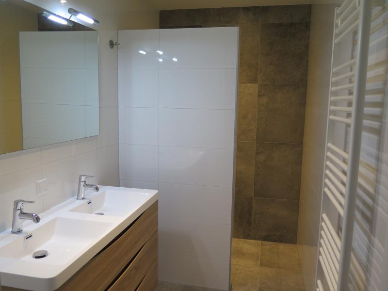Appartementen 4 & 5 – Badkamer